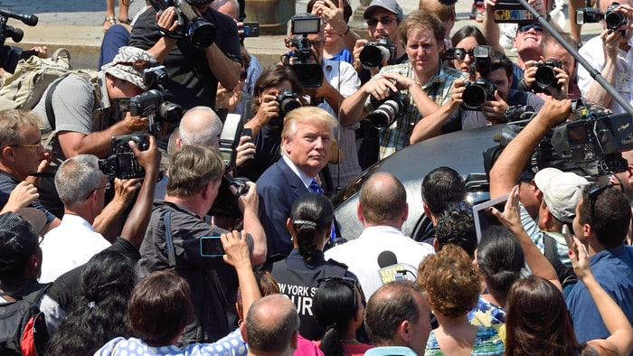 donald-trump-media-camera-bfc57adf-1c1c-44f8-bf51-8d55eac8b67c